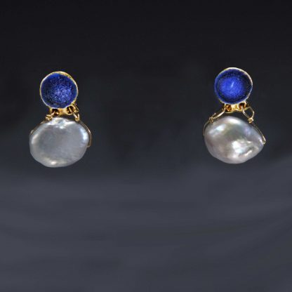 Porcelain jewelry with FWT Pearl drop, edged with gold