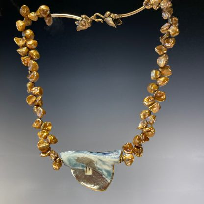 Reversible porcelain necklace with gold FWP, side-b